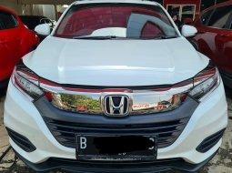 Honda HRV E Special Edition AT ( Matic ) 2021 Putih  km 12rban Good Condition