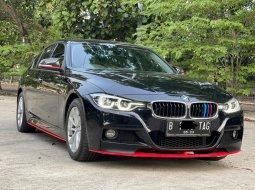 BMW 320i SPORT 2017 Hitam