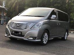 Hyundai H-1 XG 2016 Silver Diesel