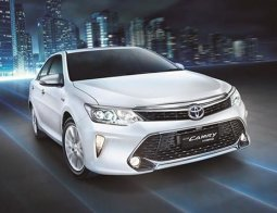 Review Toyota Camry 2016 Indonesia