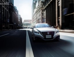 Profil Toyota Crown 2018: Inovasi Tiada Henti Sedan 'Mahkota' Kebanggaan Negeri Sakura