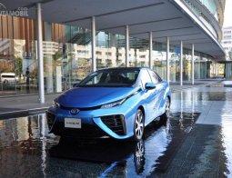 Preview Toyota Mirai 2015: Tonggak Masa Depan Dunia Otomotif Berbahan Bakar Hidrogen