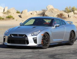 Review Nissan GT-R 2019