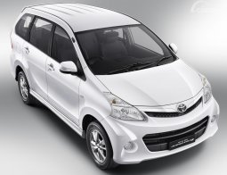 Review Toyota Avanza Veloz 1.5 2011