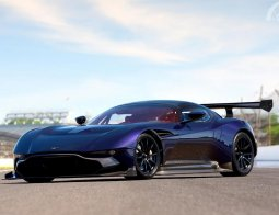 Review Aston Martin Vulcan 2015
