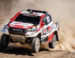 Review Toyota Hilux Gazoo Racing Dakar Rally 2019
