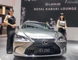 Review Lexus ES 250 Ultra Luxury 2019: Menantang Sedan Mewah Jerman Lewat Sentuhan Takumi