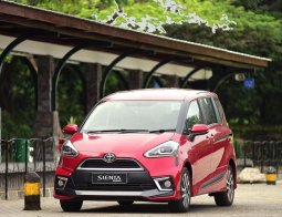 Review Toyota Sienta Q Limited CVT 2017