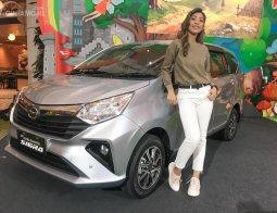 Review Daihatsu Sigra 2019: Daihatsu Segarkan Tampilan Mobil LCGC Paling Ekonomis Untuk Keluarga Indonesia