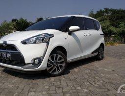 Review Dan Test Drive Toyota Sienta 1.5 V M/T 2016: Transmisi Manualnya Menyenangkan