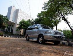 Review Toyota Kijang LGX 2.0L EFI 2000: Mesin Baru untuk Varian Tertinggi