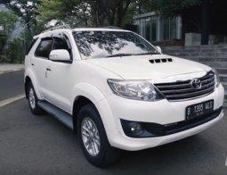 Review Toyota Fortuner G VNT 2014: Big SUV Bekas Terkenal Awet dan Tangguh di Jalan