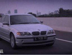 Review BMW 325i 2003: Fun to Drive Khas Sedan Klasik Eropa