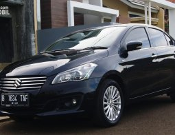 Review Suzuki Ciaz 1.4 GLX AT 2016: Sedan Ekslusif Suzuki