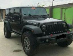 Dijual mobil Jeep Wrangler Rubicon Unlimited 2015 di Jawa Barat