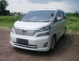 [Harga Corona] Toyota Vellfire 2.4 At 2010 di Banjarnegara, Jawa Tengah
