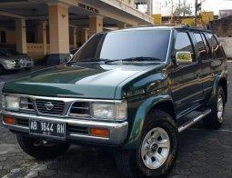 Jual Mobil Bekas Nissan Terrano Spirit 2001 di DIY Yogyakarta