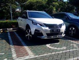 Dijual mobil Peugeot 3008 3008 2020 di Jawa Timur