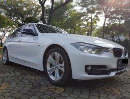 Dijual Mobil BMW 3 Series 320i 2014 di Tangerang Selatan