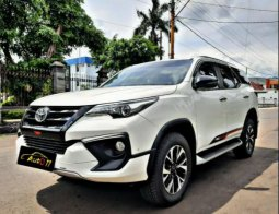 Dijual Mobil Toyota Fortuner VRZ 2019 Istimewa di Jawa Tengah