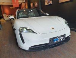 Brand New 2020 Porsche Taycan 4S Full Electric Car