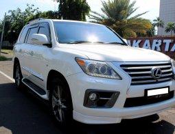 Dijual Cepat Mobil Lexus LX 570 2012 Putih di DKI Jakarta