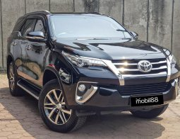 Jual Mobil Toyota Fortuner VRZ 2017 di Depok