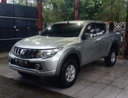 Jual Mobil Bekas Mitsubishi Triton GLX 4x4 2017 di Riau