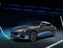 Review Maserati Ghibli Hybrid 2021: Tonggak Elektrifikasi Maserati