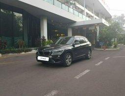 Dijual Mobil BMW X1 sDrive18i F48 AT 2016 Hitam Terbaik di DKI Jakarta