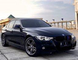Jual BMW 3 Series 330i F30 M-Sport 2018 Low KM di DKI Jakarta