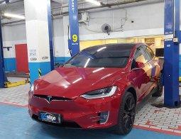2019 Tesla Model X Performance Red on White