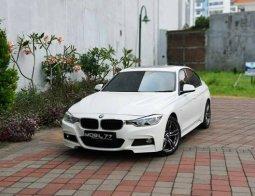 BMW 3 Series 330i F-Sport