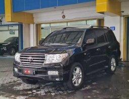 Dijual mobil bekas Toyota Land Cruiser Full Spec E, Jawa Timur
