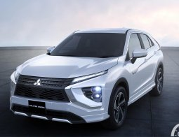 Review Mitsubishi Eclipse Cross 2021: Berevolusi Lebih Konvensional