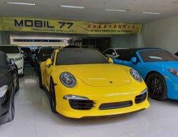 Porsche 911 Carrera 2015 Kuning