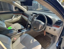 Dijual Toyota Camry 2.4 G Hitam Bintaro
