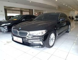 BMW 530i Luxury Line AT 2018 Hitam 530 Km Rendah 1Rb seperti Baru