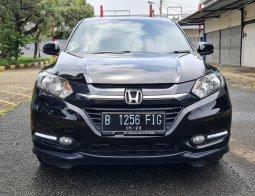Honda HR-V 1.5 E CVT 2018 Black On Black Tgn 1 Terawat TDP 45Jt