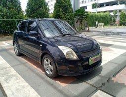 Mobil Suzuki Swift 2009 ST terbaik di Jawa Timur