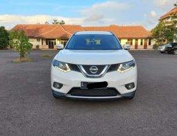Nissan X-Trail 2.5 CVT 2014 Putih,km low