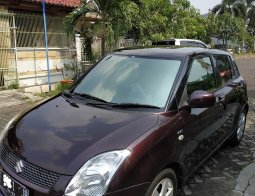 Suzuki Swift Tahun 2011/2012  Matic