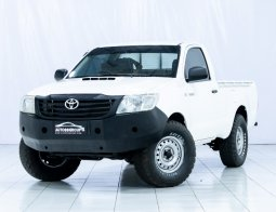 TOYOTA HILUX PICK UP WHITE 2013