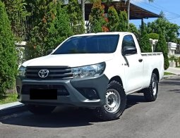 TOYOTA HILUX  PICK UP WHITE 2017