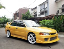 Mitsubishi Lancer Evo4 1998 1.6 Manual