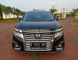 Mobil Nissan Elgrand 2014 terbaik di DKI Jakarta