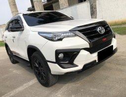 Toyota Fortuner 2.4 VRZ TRD AT 2020
