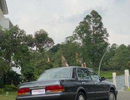 Mobil Toyota Crown 1998 Royal Saloon terbaik di Banten