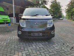 Dijual mobil bekas Nissan Elgrand , Jawa Timur