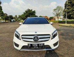 Mobil Mercedes-Benz GLA 200 2016 terbaik di DKI Jakarta